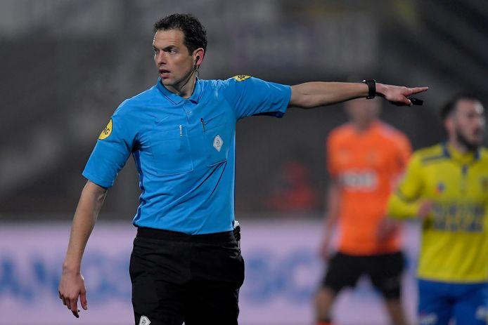 Richard Martens geeft 'masterclass' aan clubscheidsrechters VVR